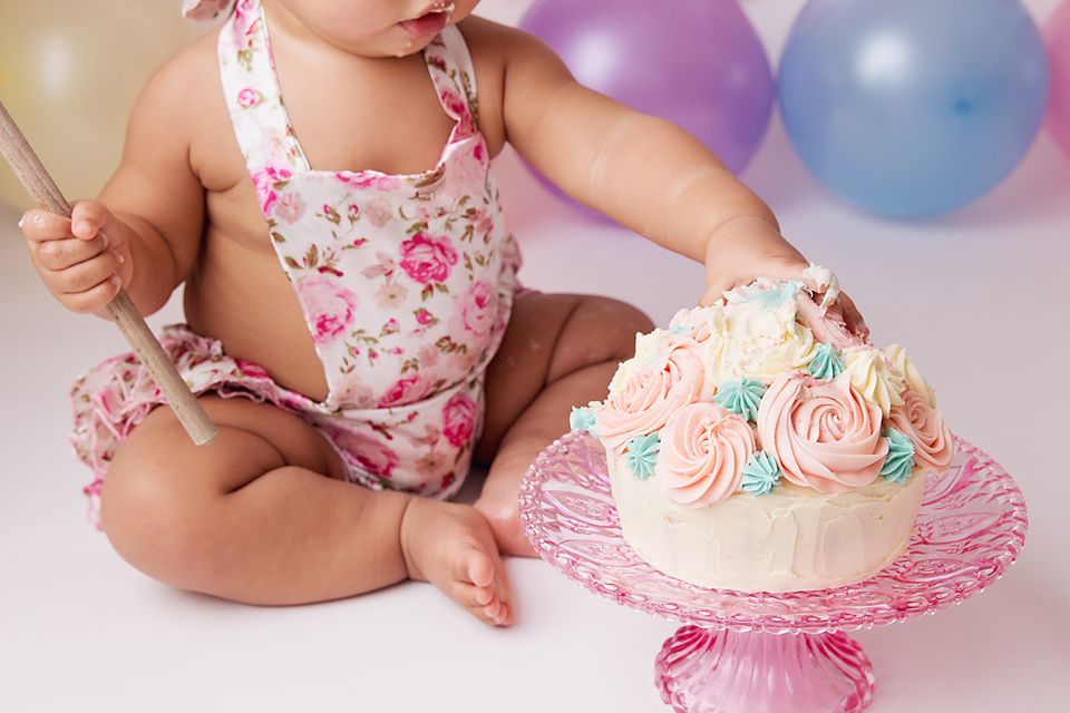 Baby Photography Essex,Essex Local Cake Smash Photographer