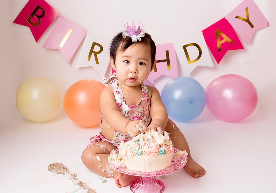 Baby Photography Essex,Essex Local Cake Smash Photographer,