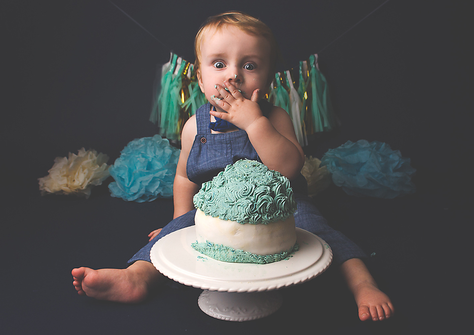 Essex Local Cake Smash Photographer